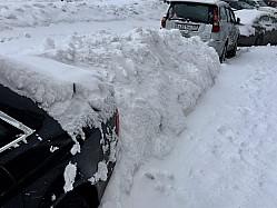 На просьбу ГАИ, по возможности не выезжать на дороги в снег, отреагировали только коммунальные службы…
